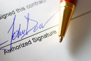 Contract signature and pen